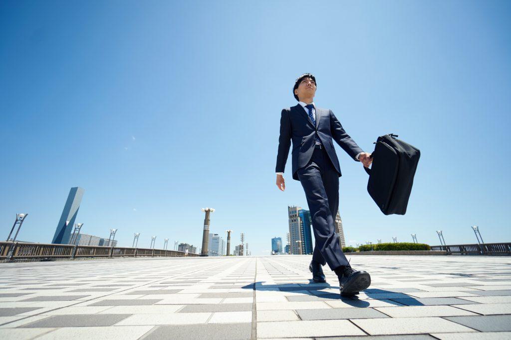 新卒社員の退職理由13選|3ヶ月や半年で辞めてしまう理由と転職の実態